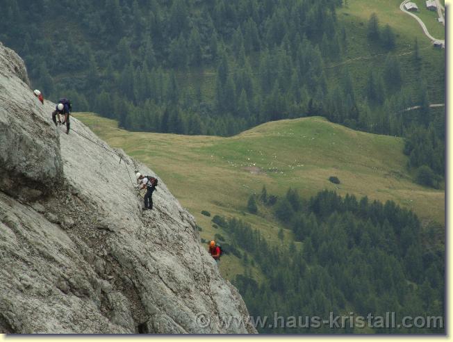 Klettersteig Johann : Mit hilfe von anna und johann auf den dachstein u wildba adventures